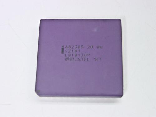 Intel A82385-20 386 CPU Cache Controller SZ101