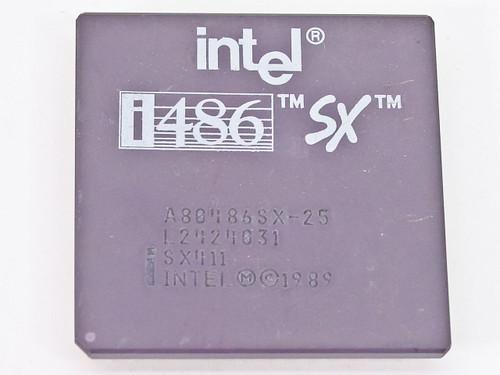 Intel SX411 i486/25MHz Vintage CPU Processor A80486SX-25