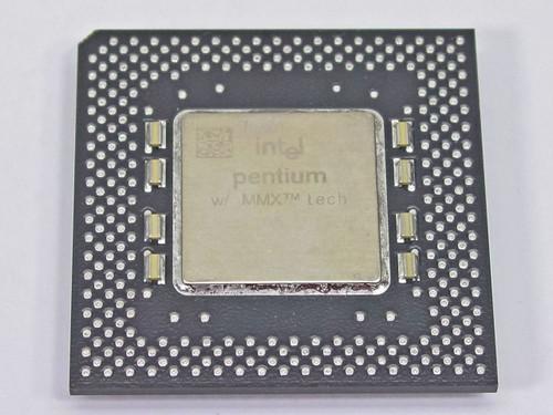 Intel P1 166Mhz MMX CPU FV80503166 SL2FP