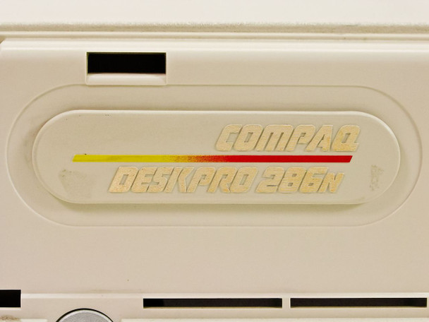 Compaq 286n 286MHz DeskPro PC w ith26-Pin FDD - Missing Face Plate - As Is