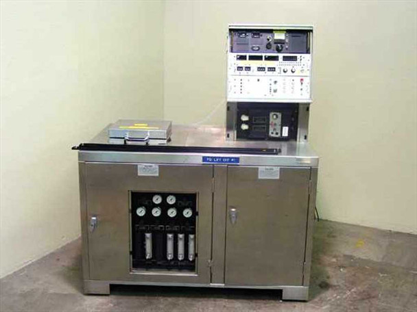 FSI 2134N Semiconductor Wafer Acid Cleaning Solvent Processor
