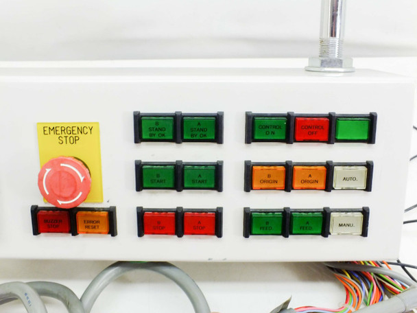 Keyence Industrial Control Interface System with Safety Stop and Light MT-100