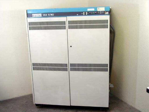 Digital 11/780  DEC VAX 11/780 Computer Vintage 1977 Mainframe