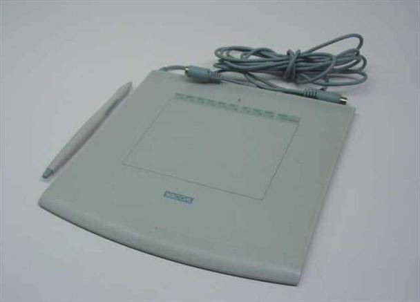 Wacom GD-0405-A  Intuos Graphics Tablet - Includes Pen