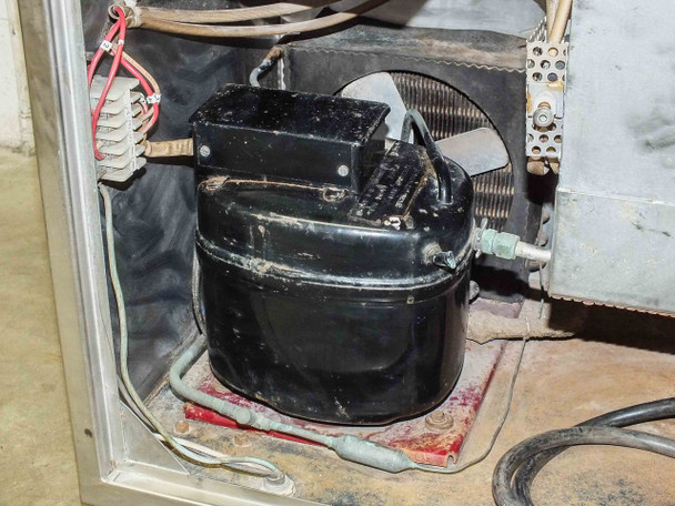 Tronic MK IV Chilling and Heating Bath Tank - 120 Volt AC - As Is / For Parts