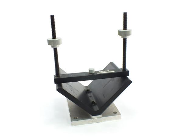 "Oriel Instruments 13850 6"" Diameter Large Lens Mount with 6x5"" Base Plate"