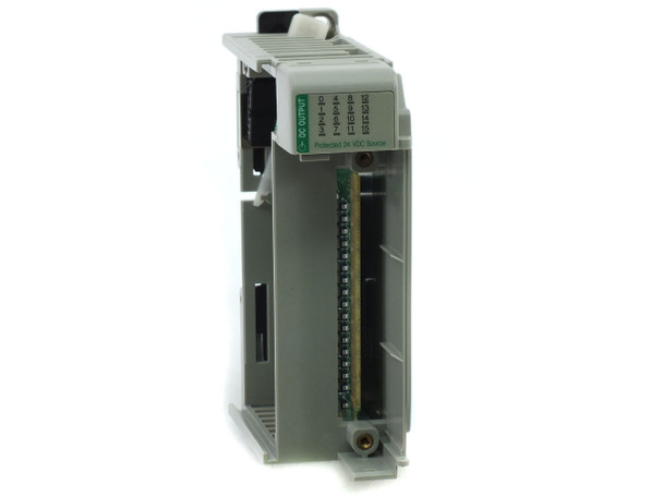 Allen-Bradley 1769-OB16P Compact I/O Module, 16-Point, Solid State, 24VDC AS IS