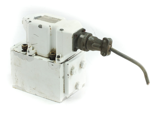 Moog J631A064 Hydraulic Servo Valve Industrial - Sumitomo SD30 Injection Molder