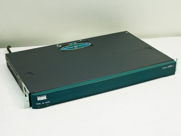 Cisco 2610 Network Router - 2600 Series
