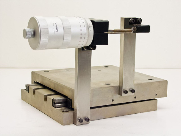 "Mitutoyo 152-388A Micrometer Head with X-Linear Stage Range: 0-2"" .0001"""