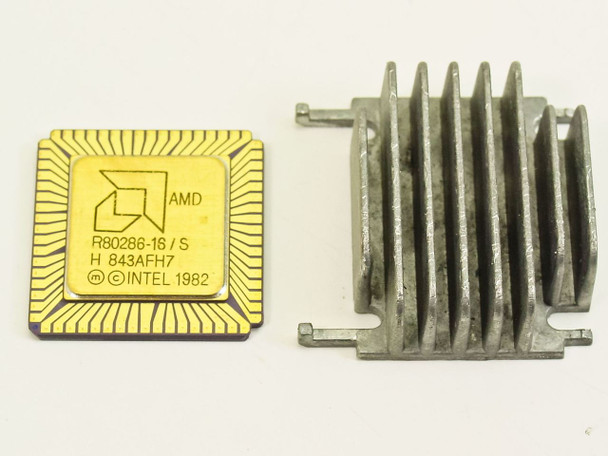 AMD R80286-16/S 16-BIT MOS PGA 68PIN Gold Vintage c.1982 with Heat Sink