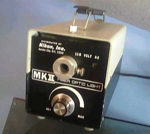 Nikon Mkii Fiber Optic Light Source 150 Watt As Is