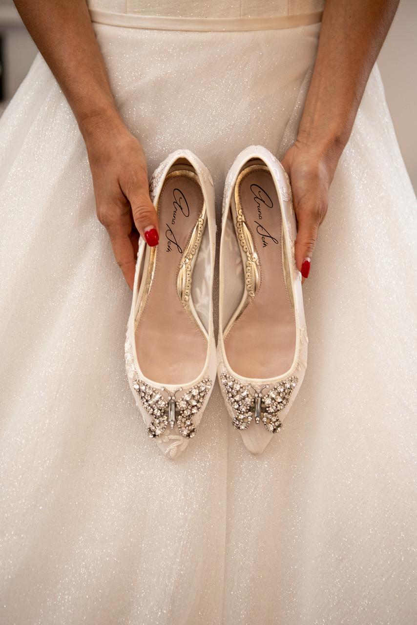 Eliana Ballerina Flat Pointy Ivory Lace