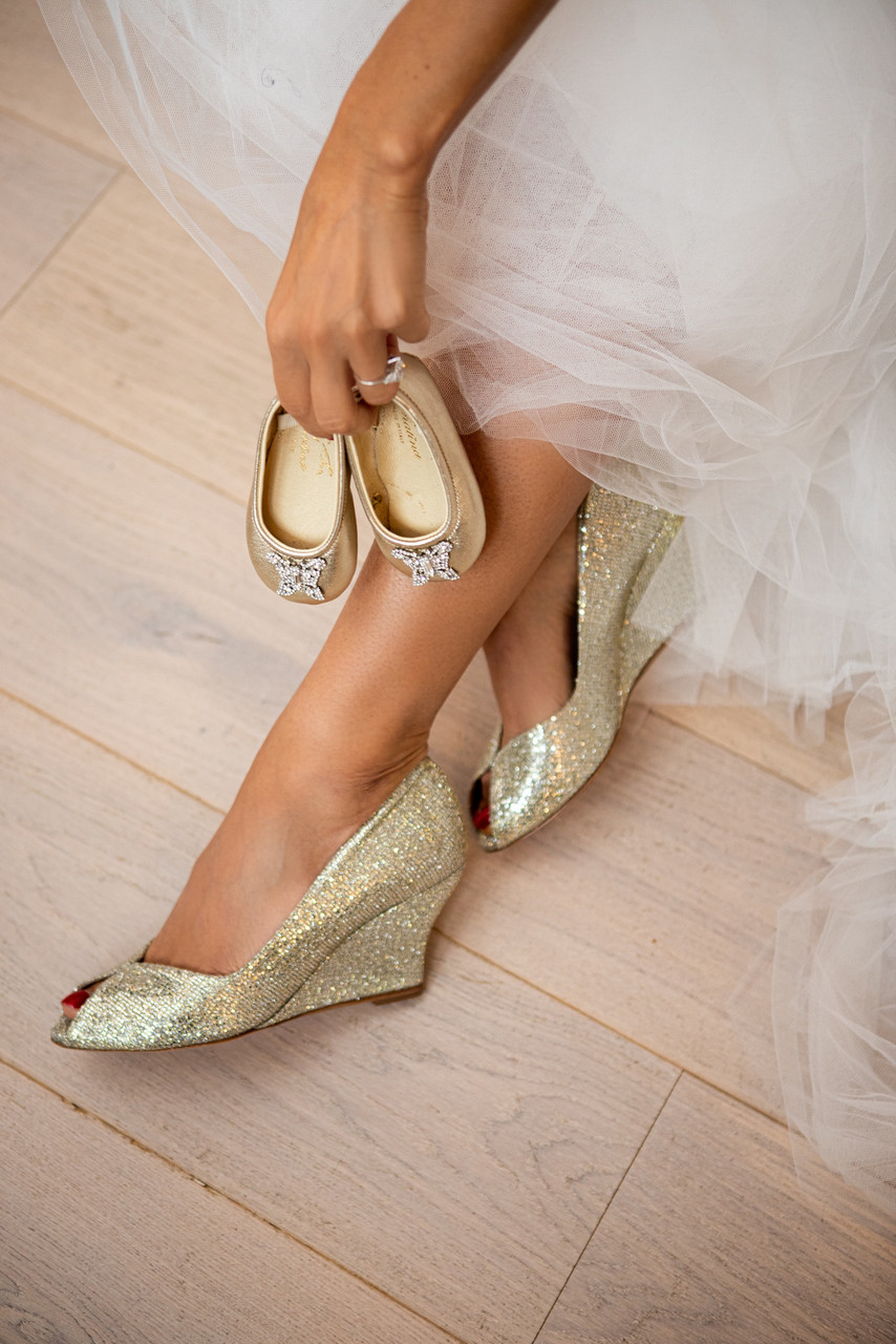 Carly Gold Mesh Wedges