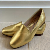 Anais Gold Leather Loafer