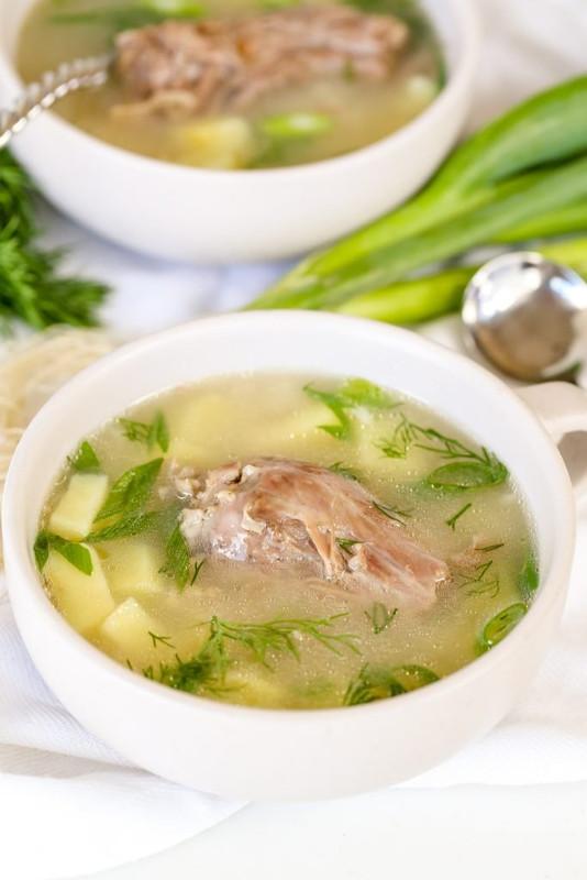 Simple Turkey Neck Soup