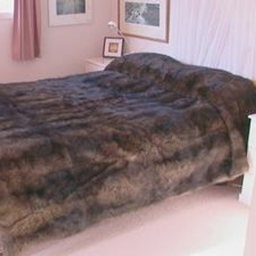 Mooneys - Kingsize 60 Skin : Possum Fur Throw/Quilt