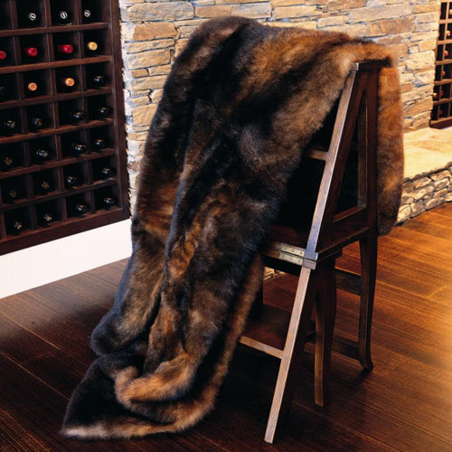 Collezione - 12 Skin Possum Fur Throw