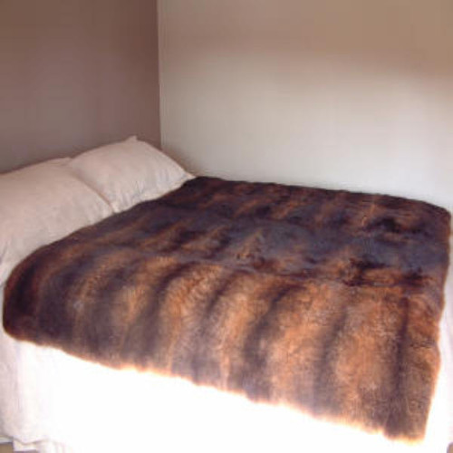 Mooneys - 32 Skin : Possum Fur Throw/Quilt