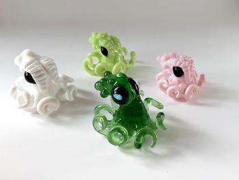 Vigilant Glass - Octopus Pendants! Legs form the bale!