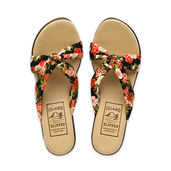 Fabric Floral Slide with Ring Wedge