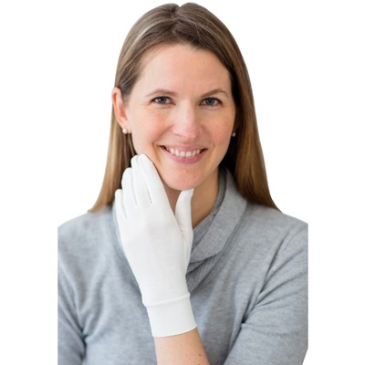 Soothe eczema and psoriasis on hands by wearing Remedywear gloves day or night.