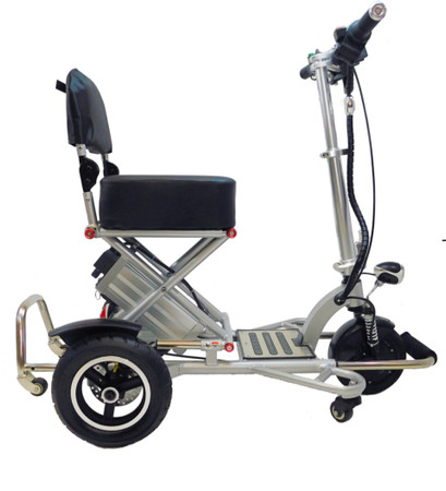 New 2020  Triaxe Sport Folding Scooter w/Ultra Deluxe Travel Bag, Soft Front Basket -Back Order