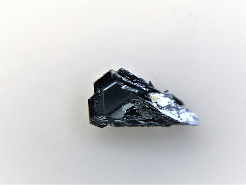 TaSe2 crystals - High quality CDW TaSe2 tantalum diselenide crystals - 2Dsemiconductors USA