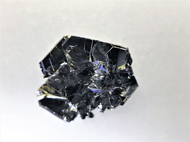 TaS2 [2H-phase] crystals : Large size high quality 2D crystals - 2Dsemiconductors USA
