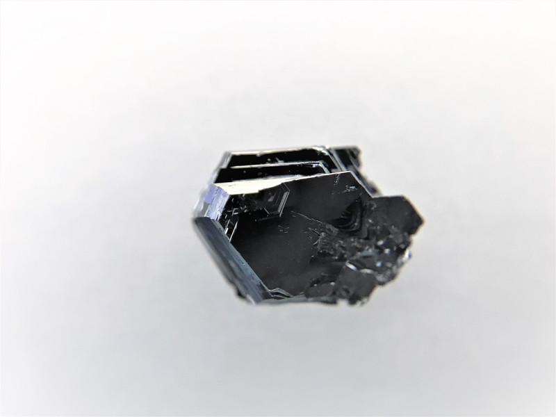 PbGa2Se4 crystals