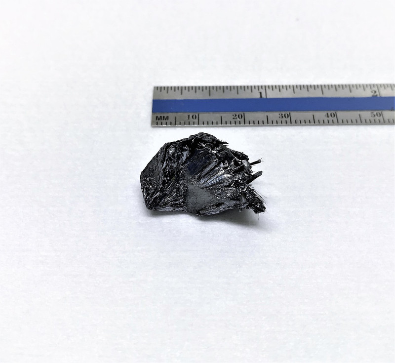 1 gram of black phosphorus crystals - Large size high quality BPs crystals - 2Dsemiconductors USA