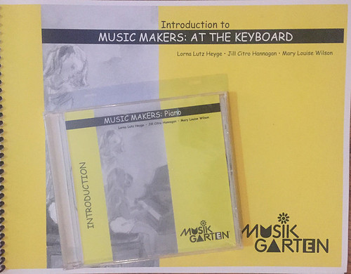 Musikgarten Intro to Music Makers: At the Keyboard