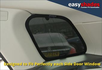 land-rover-evoque-car-sun-shades-window-shades-load-area-easyshades-340.jpg