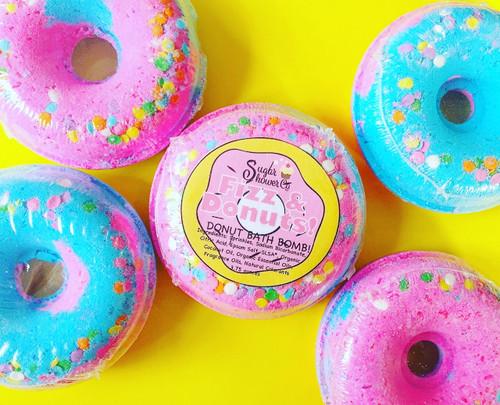 Fizz & Donuts Bath Bomb