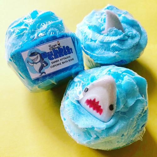 SHARK ATTACK! Cupcake Bath Bomb