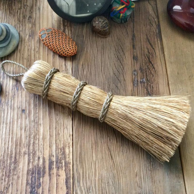 Traditional Sailor's Brush