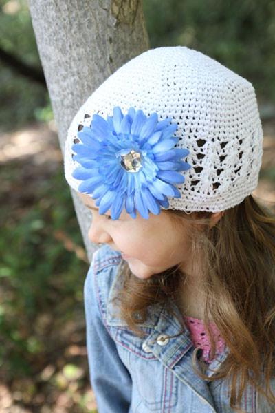 274c0d8575d Baby Bezak - White Cap With Blue Flower