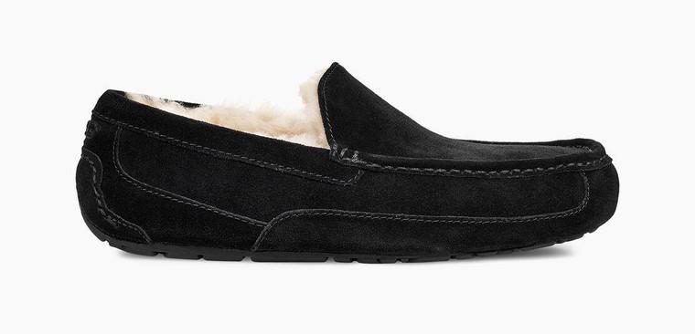 UGG Ascot Slipper Black