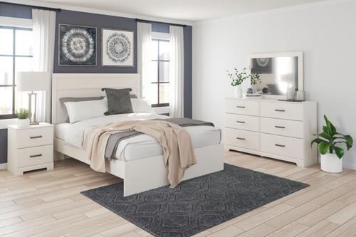 Stelsie White 4 Pc. Dresser, Mirror, King Panel Bed