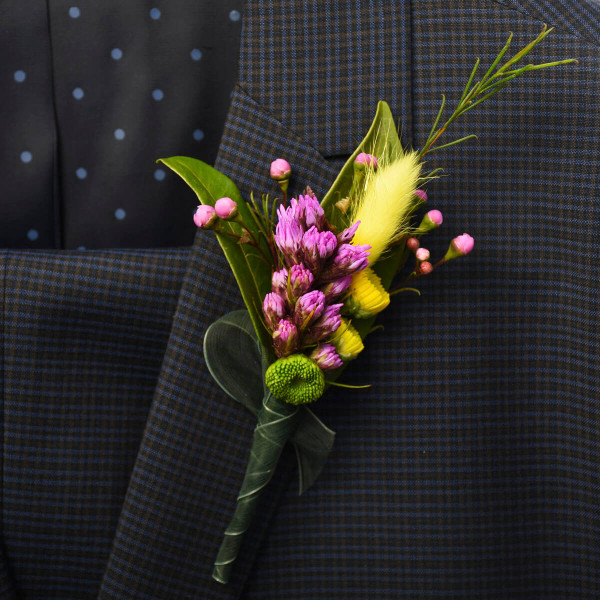Beautiful and sophisticated boutonniere for wedding events, graduations of funerals, from your local florist in Vancouver Adele Rae Florist.
