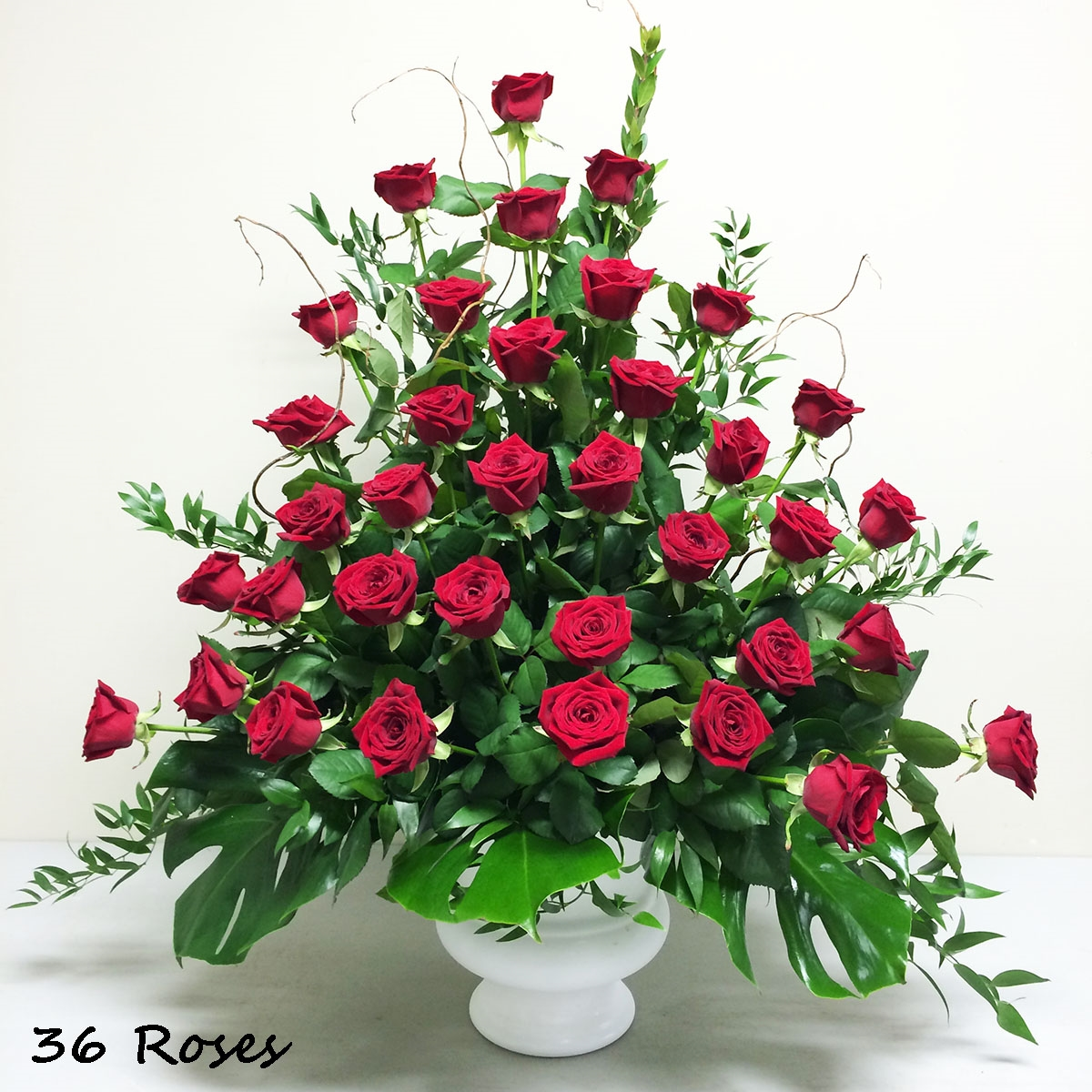 Red Rose Remembrance (AR1610)