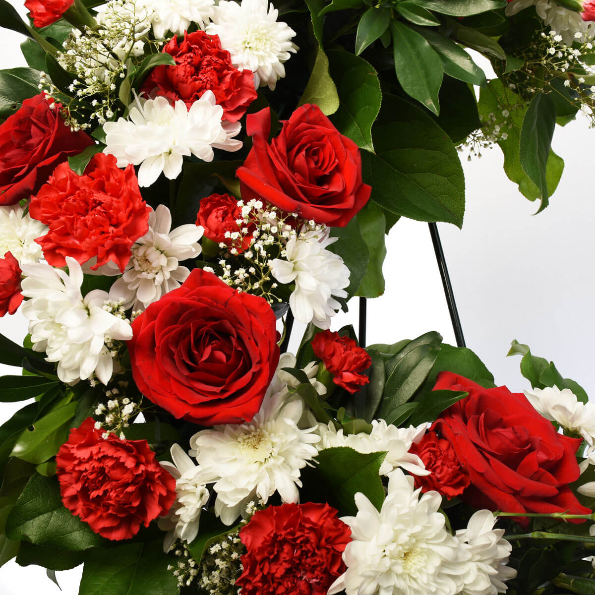 Burnaby florist wreath red and white 18 inch