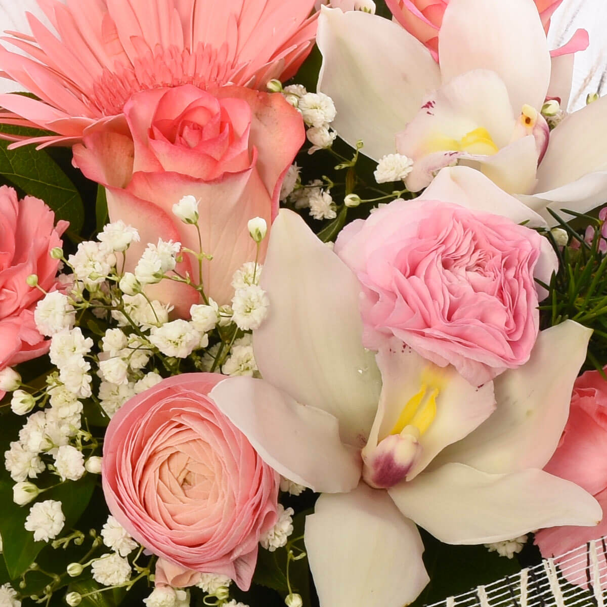Best hand-tied flower bouquet for Mom | Vancouver BC Local Florist Adele Rae
