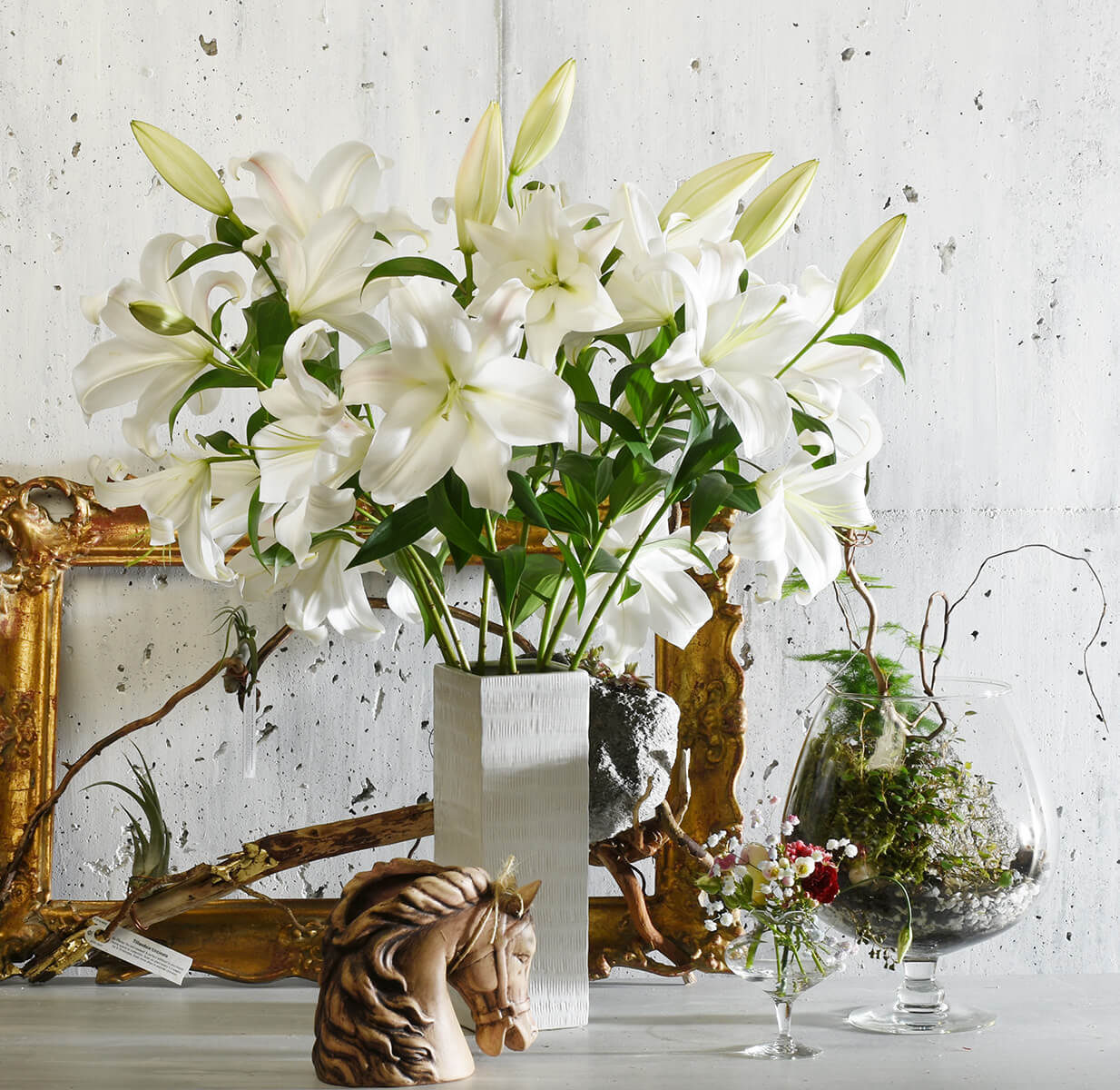 Trendy lily flower bouquet Vancouver delivery | Adele Rae Florist