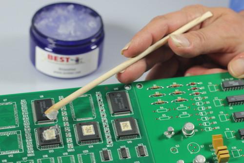 HeatShieldGel being applied