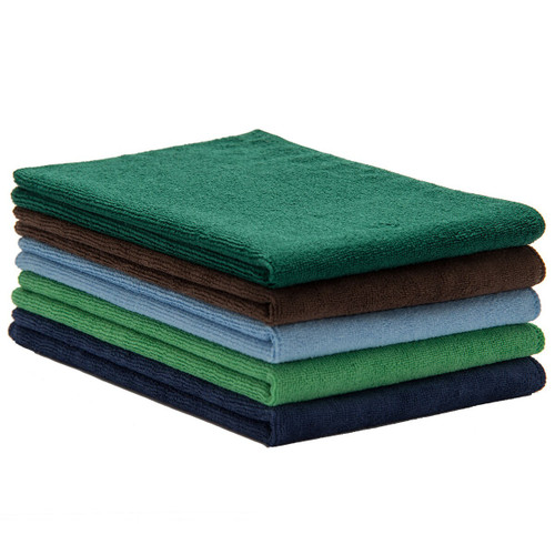 Microfiber Towels Bulk 50 Packs 16x24, shown in a stack with one of each color