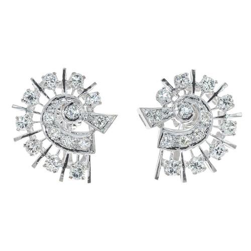 1.00 Carat Diamond White Gold Comet Design Earrings