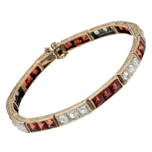 Victorian 1.30 Carat Diamond Garnet Yellow Gold Link Bracelet