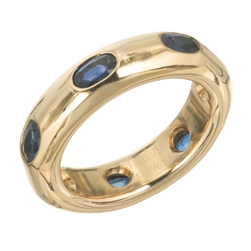 Fred the Jeweler Solid 18k yellow gold oval Sapphire band ring.