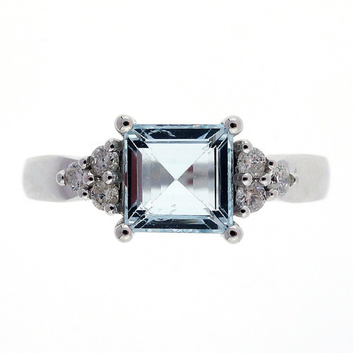 1.05 Carat Aqua Diamond White Gold Ring